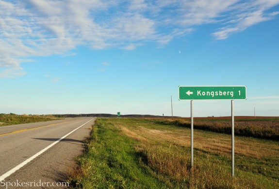 Sign on Hwy 53 pointing to Kongsberg, 1 mile to the north
